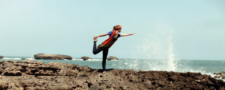 atlantic-coast-beach-yoga-retreat_source-nosade