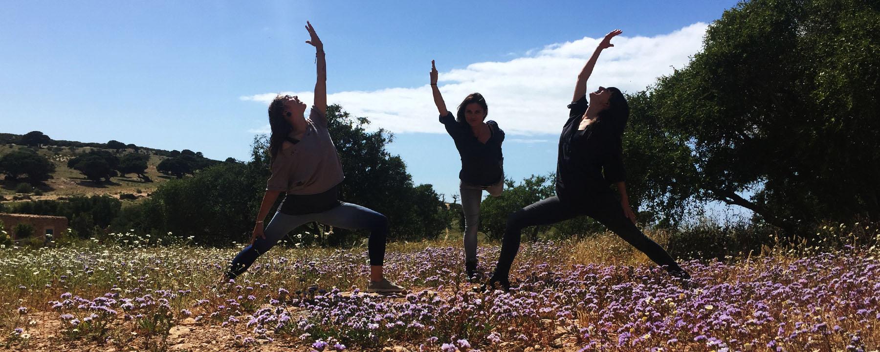 atlantic-coast-beach-yoga-retreat_source-nosade