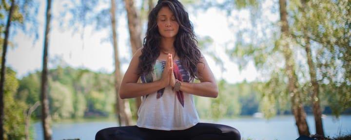 Yogalehrer NOSADE Lina Alonso_Source NOSADE